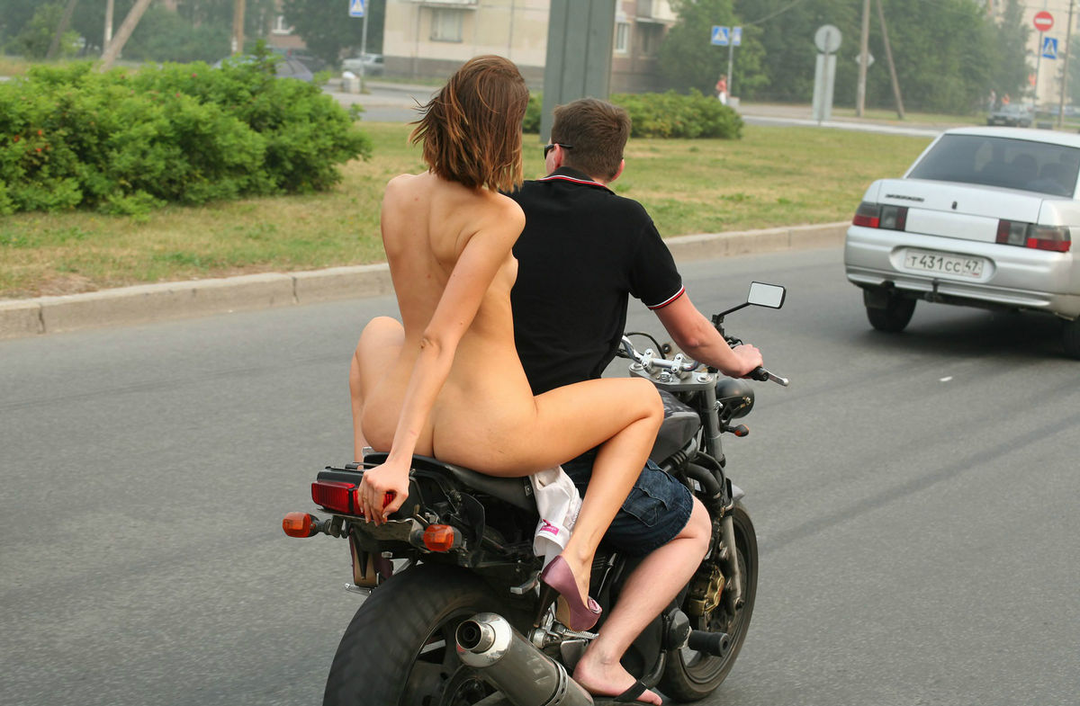 Tips For Riding A Motorcycle With A Pillion Passenger