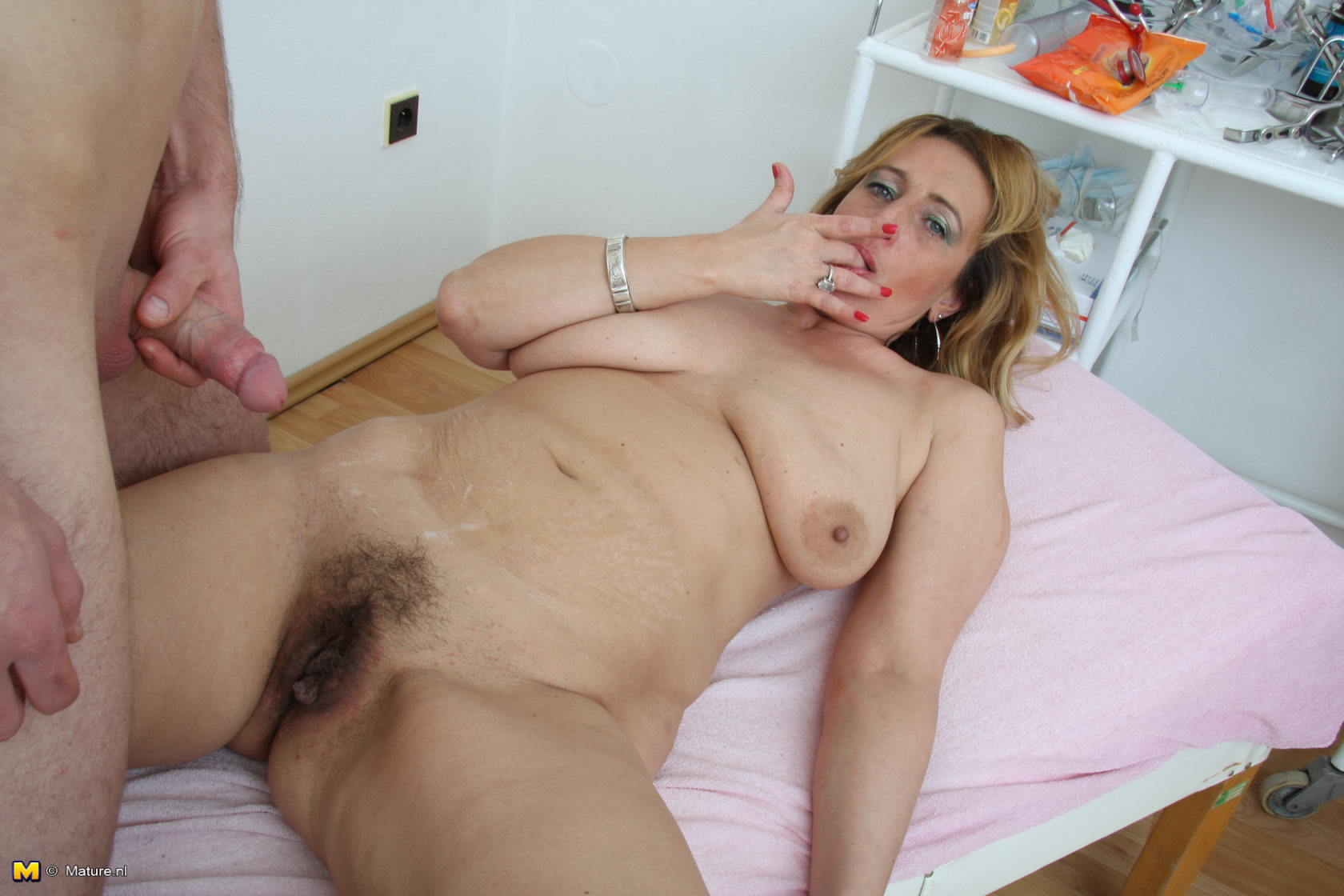 her first lesbo sex