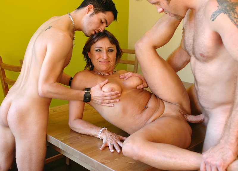 pictures of two girls in a threesome with one gay guy