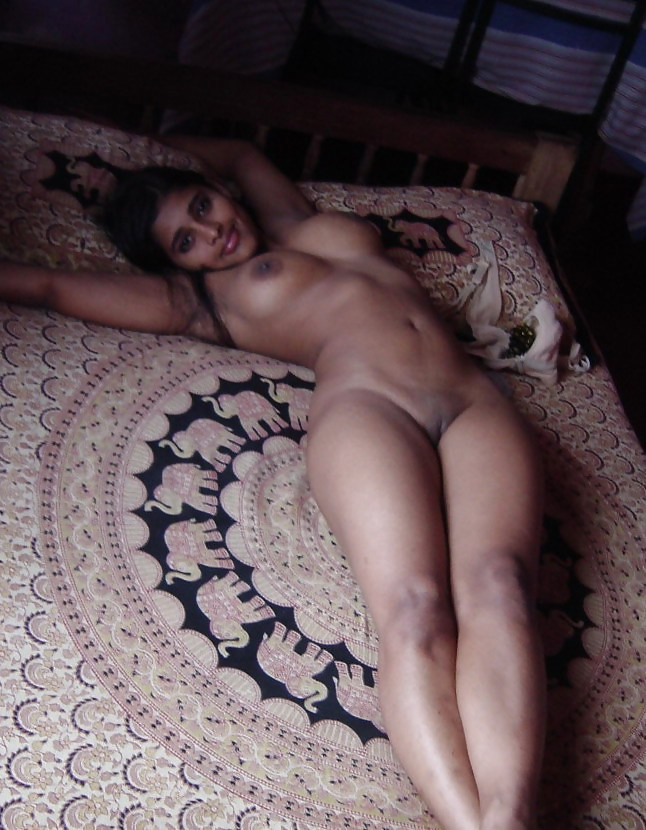 girls naked and being analy fucked