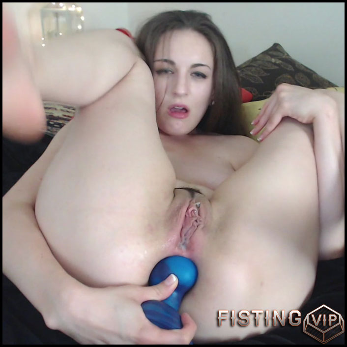 lesbian with strap-on